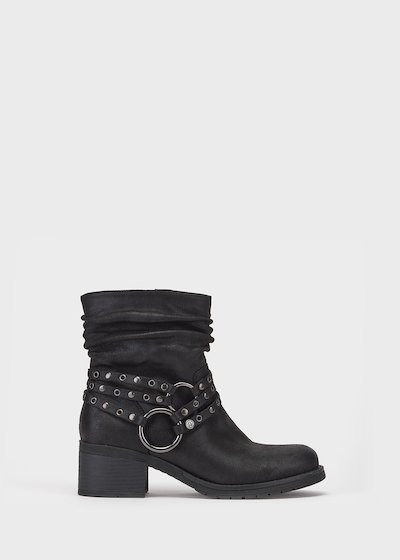 Symon boot with ankle strap