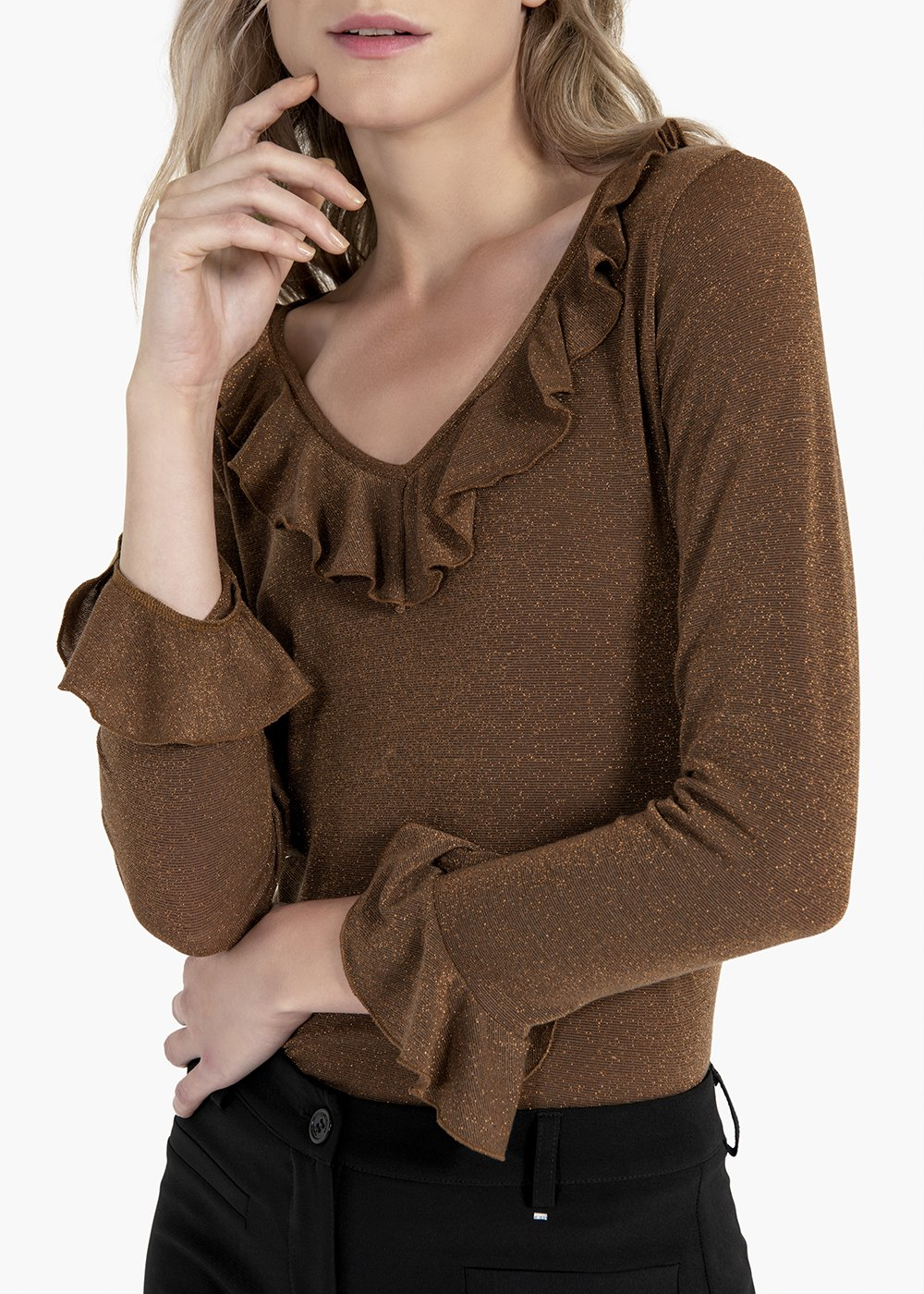 Teresa t-shirt with ruffles at the neckline and at the cuffs - Brown - Woman