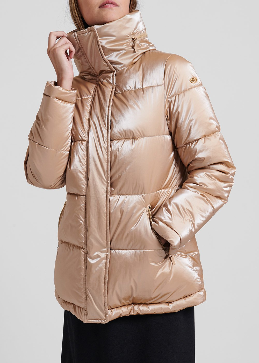 Down jacket in metal-effect fabric with hood - Beige - Woman