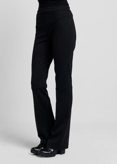 Pantaloni modello Victoria  in tessuto tecnico