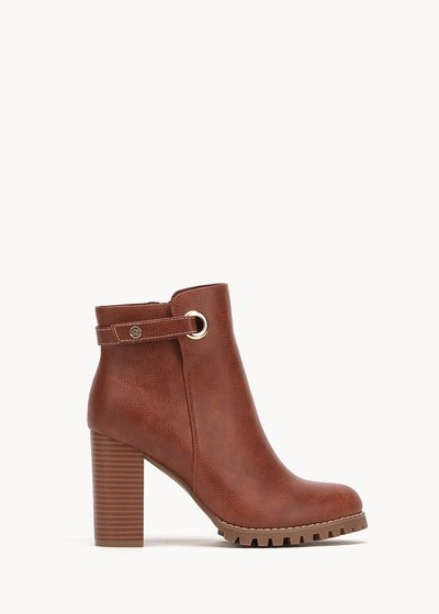 Sissy faux-leather ankle boots