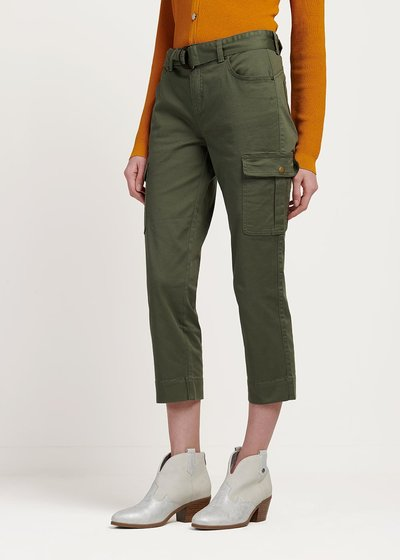 Pako capri pants with side pockets detail