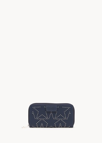 Peers wallet with micro-studs
