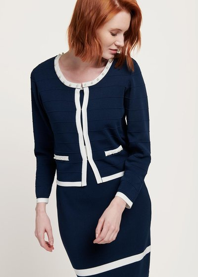 Calvin two-tone shrug
