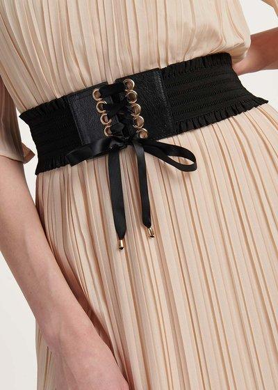 Cris bustier model belt