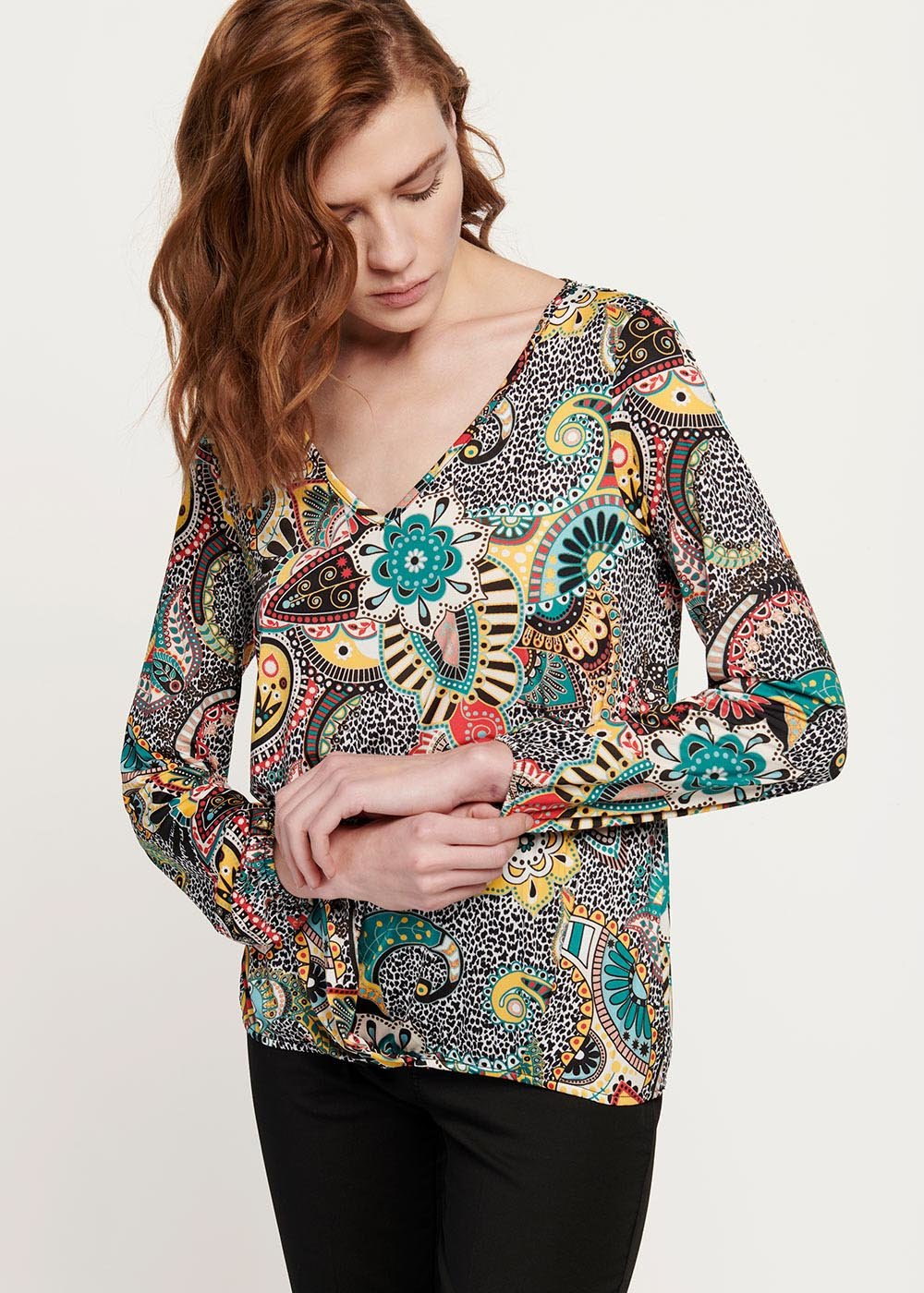 Anna T-shirt with cashmere and spotted pattern - Black / Menta Fantasia - Woman