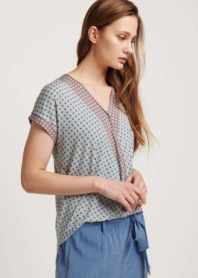 Sira patterned T-shirt with crisscross neck
