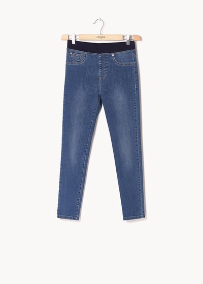 Kelly denim with contrasting stitching