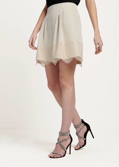 Giselle skirt with lace at the bottom