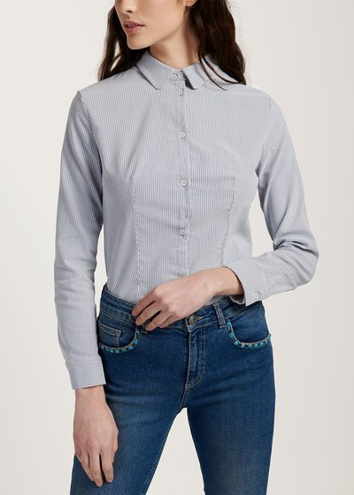 Alessia shirt on striped fabric