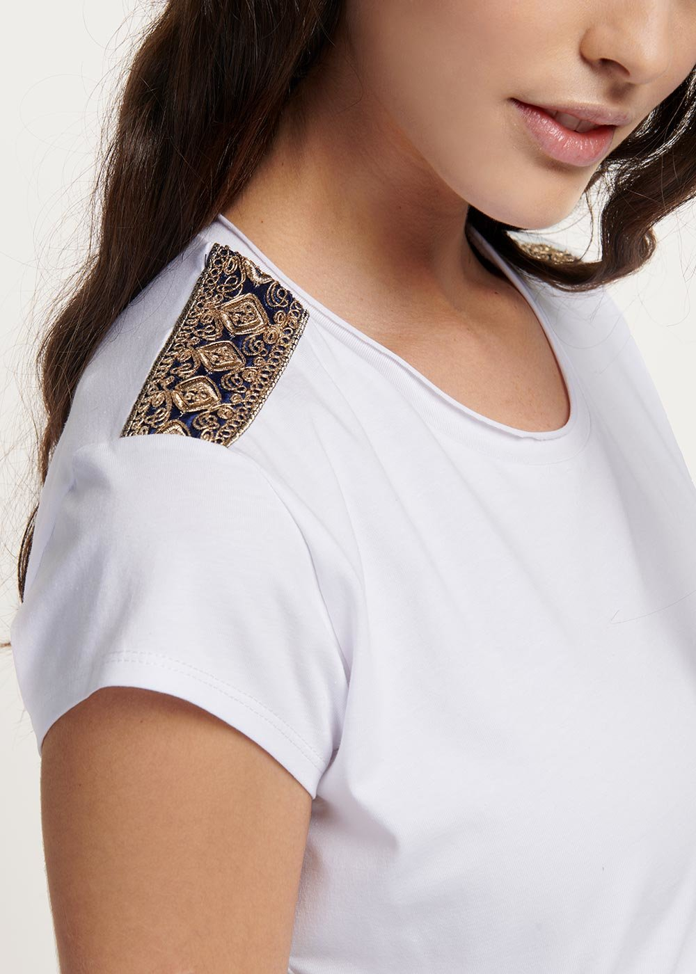 Suzanne viscose T-shirt with appliques - White - Woman