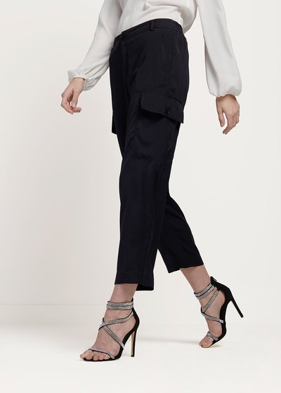 Pantalone Pier in tessuto raso con tasconi laterali