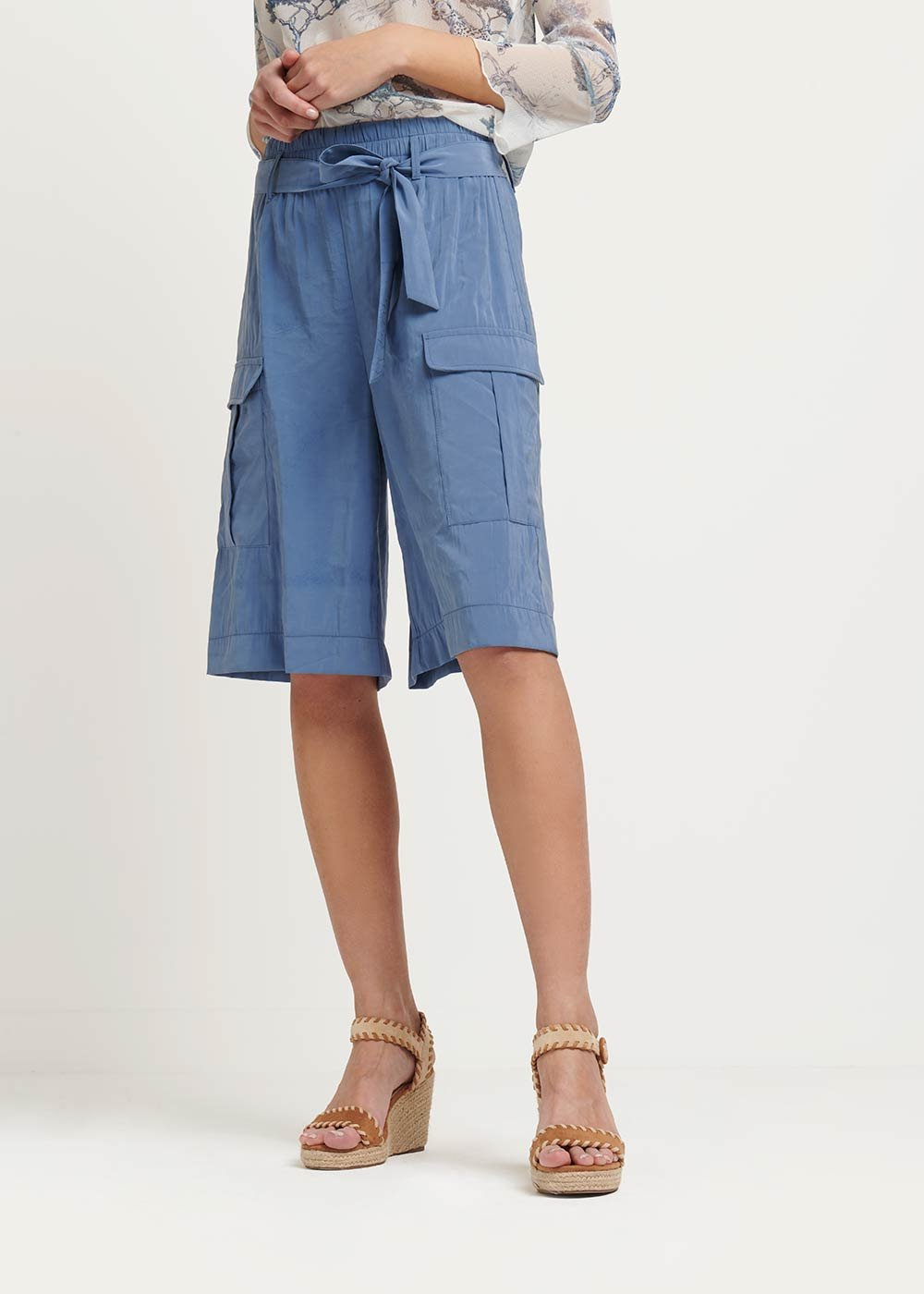 Brand bermuda shorts with side pockets - Blue - Woman