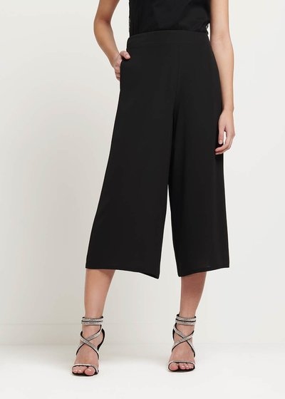 Megan capri pants with waist elastic band