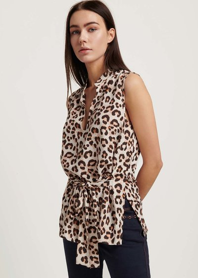 Thorn top with spotted print