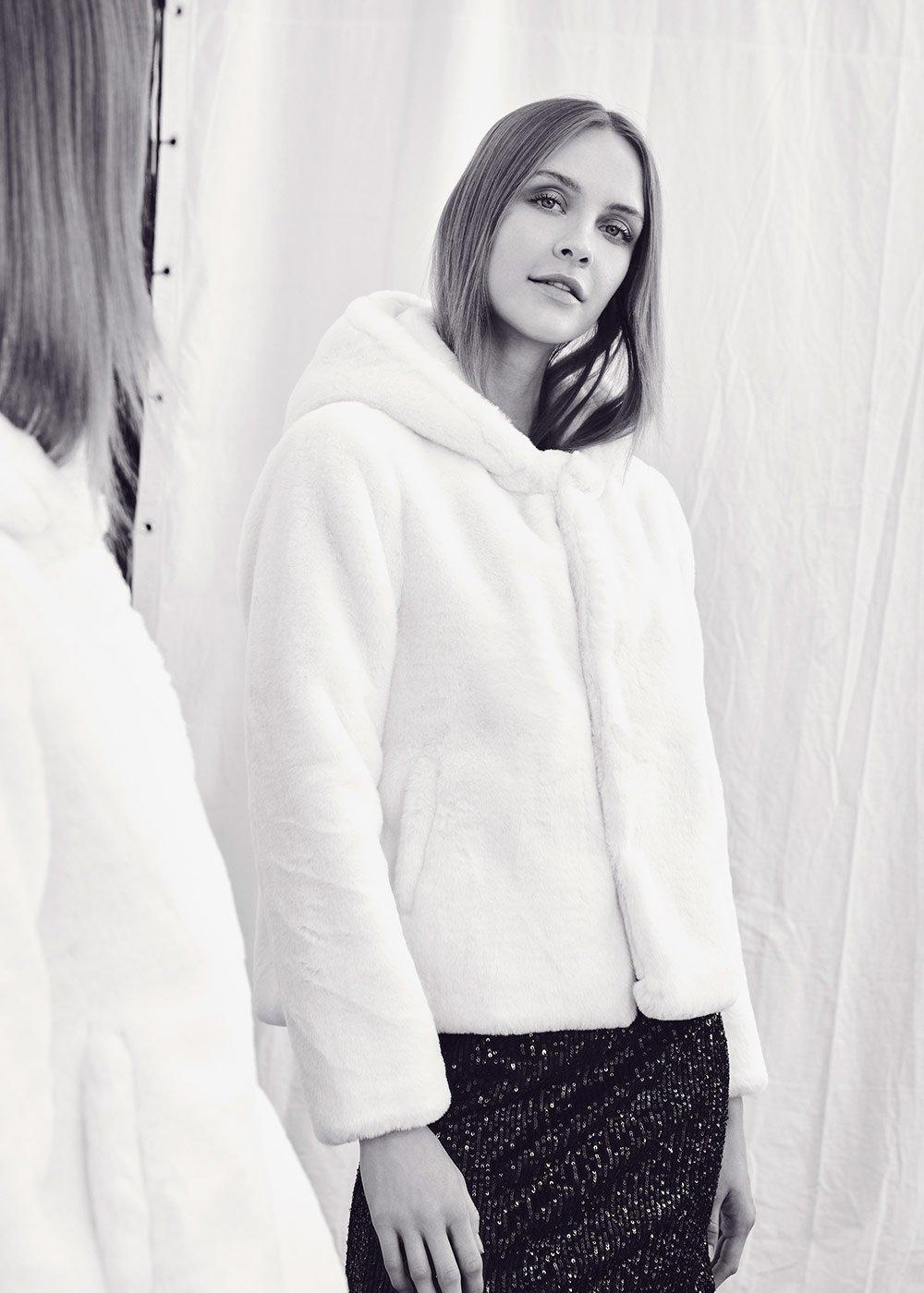 Eco pelliccia Gracy con cappuccio - White - Donna