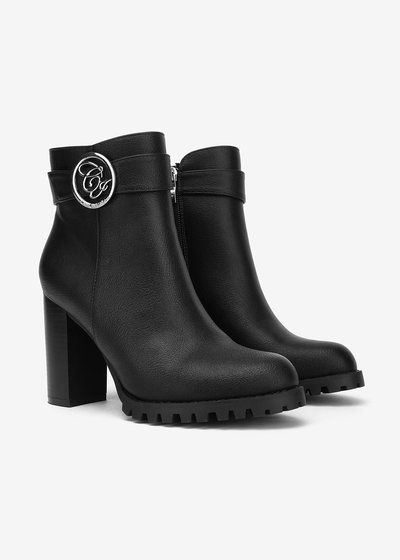 Sher boots with CI buckle
