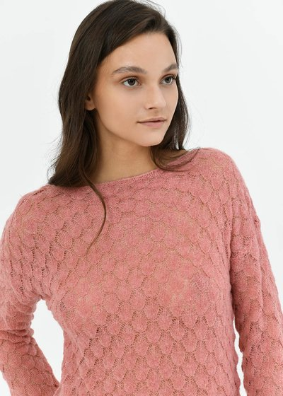 Boat neck sweater with honeycomb stitch