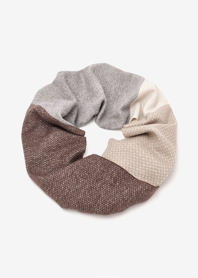Sylvi patterned scarf