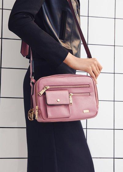 Blais multi-pocket bag