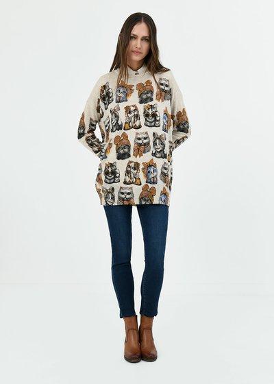 Monique T-shirt with cat print