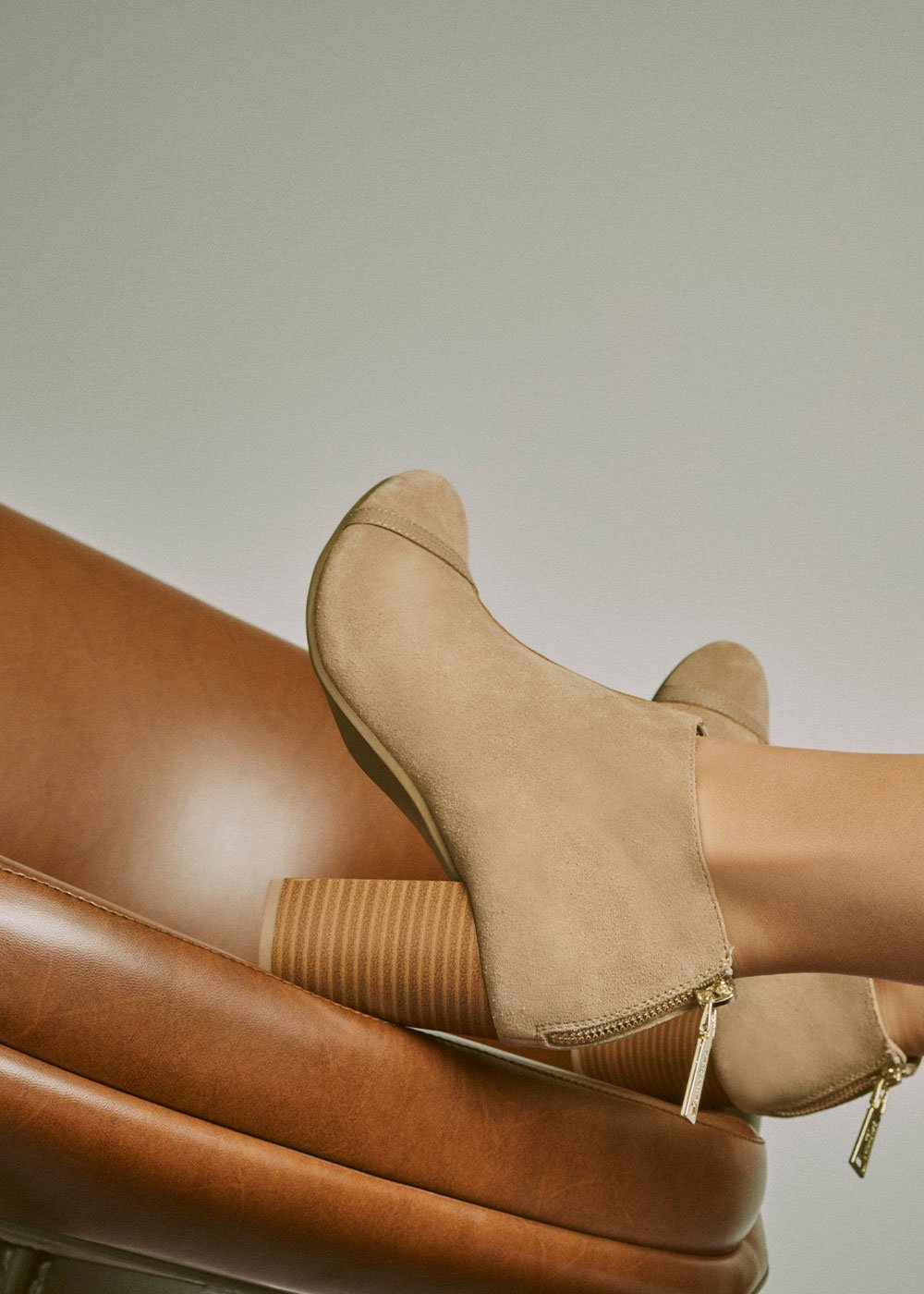 Shirely ankle boot with wood-effect heel - Beige - Woman