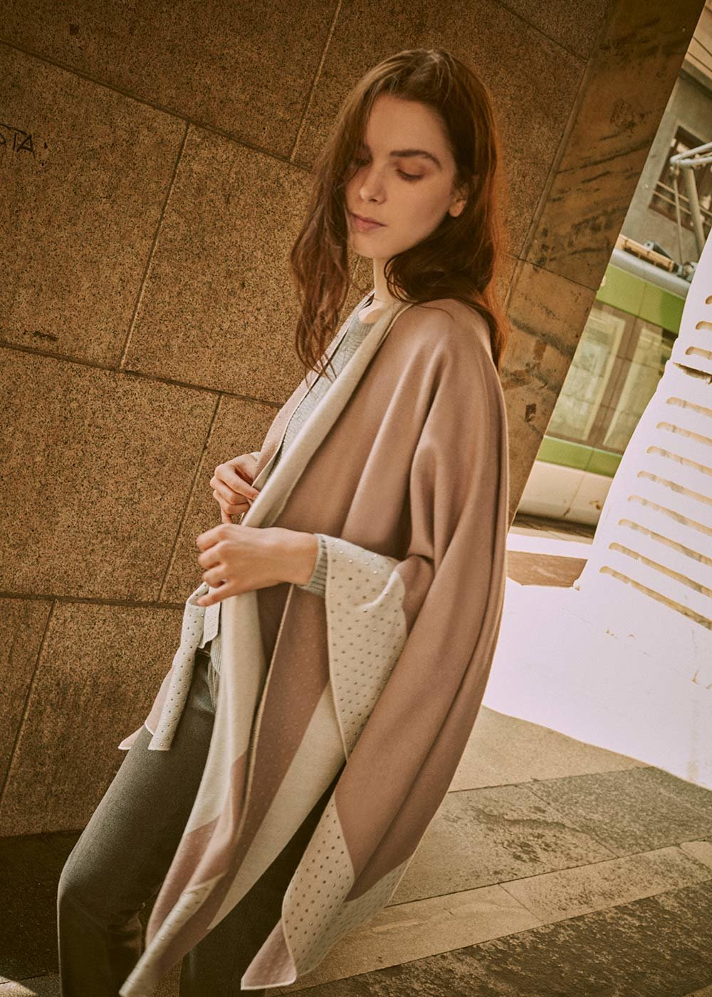 Mayl cape with micro rhinestones - Taupe /  Gesso - Woman