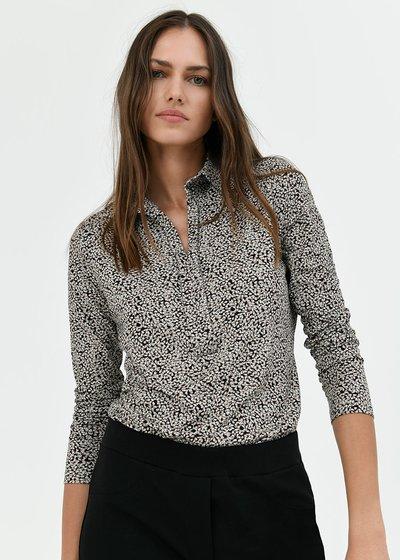 Sheyla t-shirt with collar