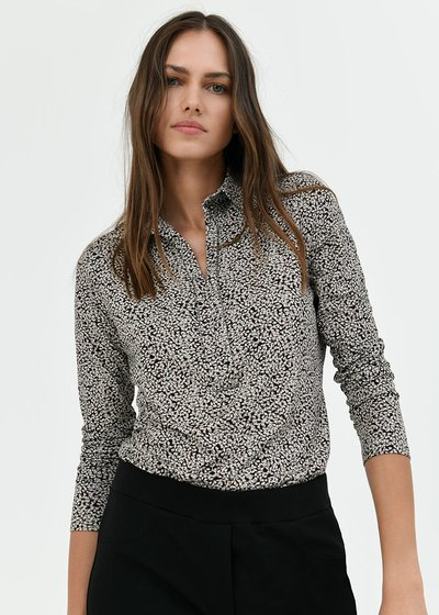T-shirt Sheyla con colletto
