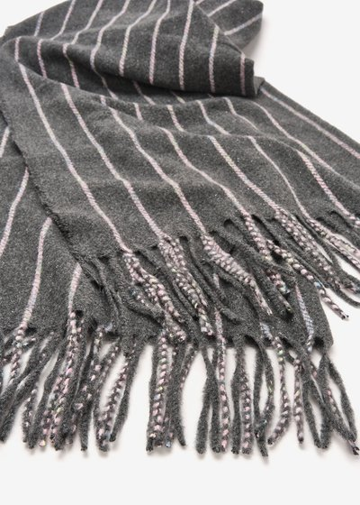 Sael striped scarf