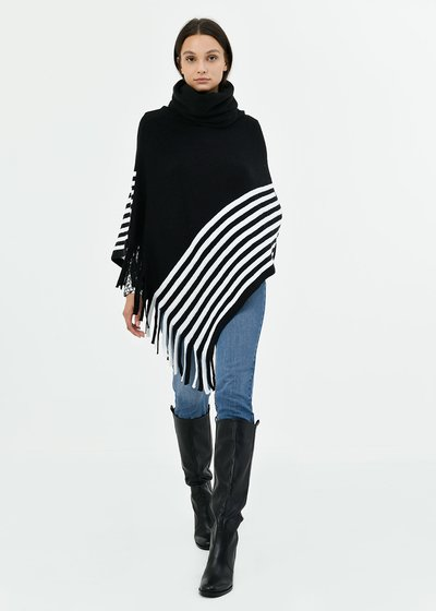 Marya cape with stripes and fringes