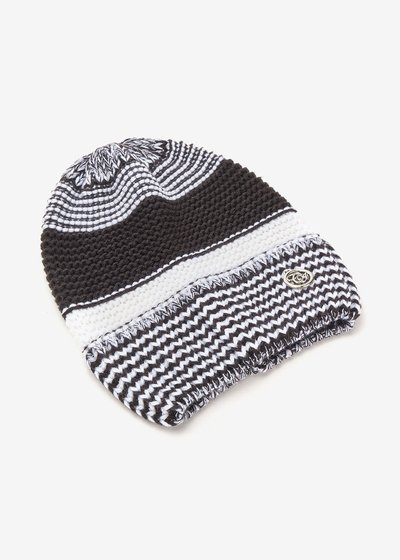 Cheren two-tone black and white hat