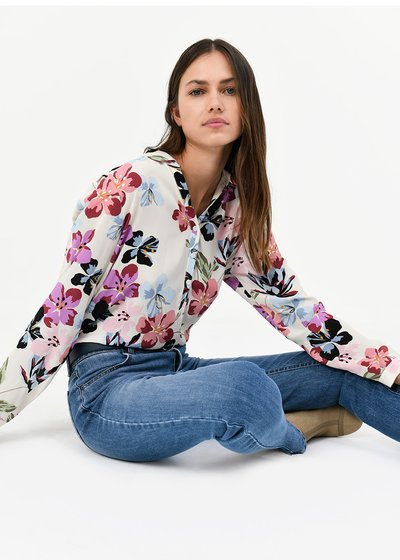 Carole shirt with floral pattern