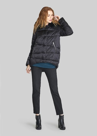 Patrics down jacket with hood and hidden buttoning