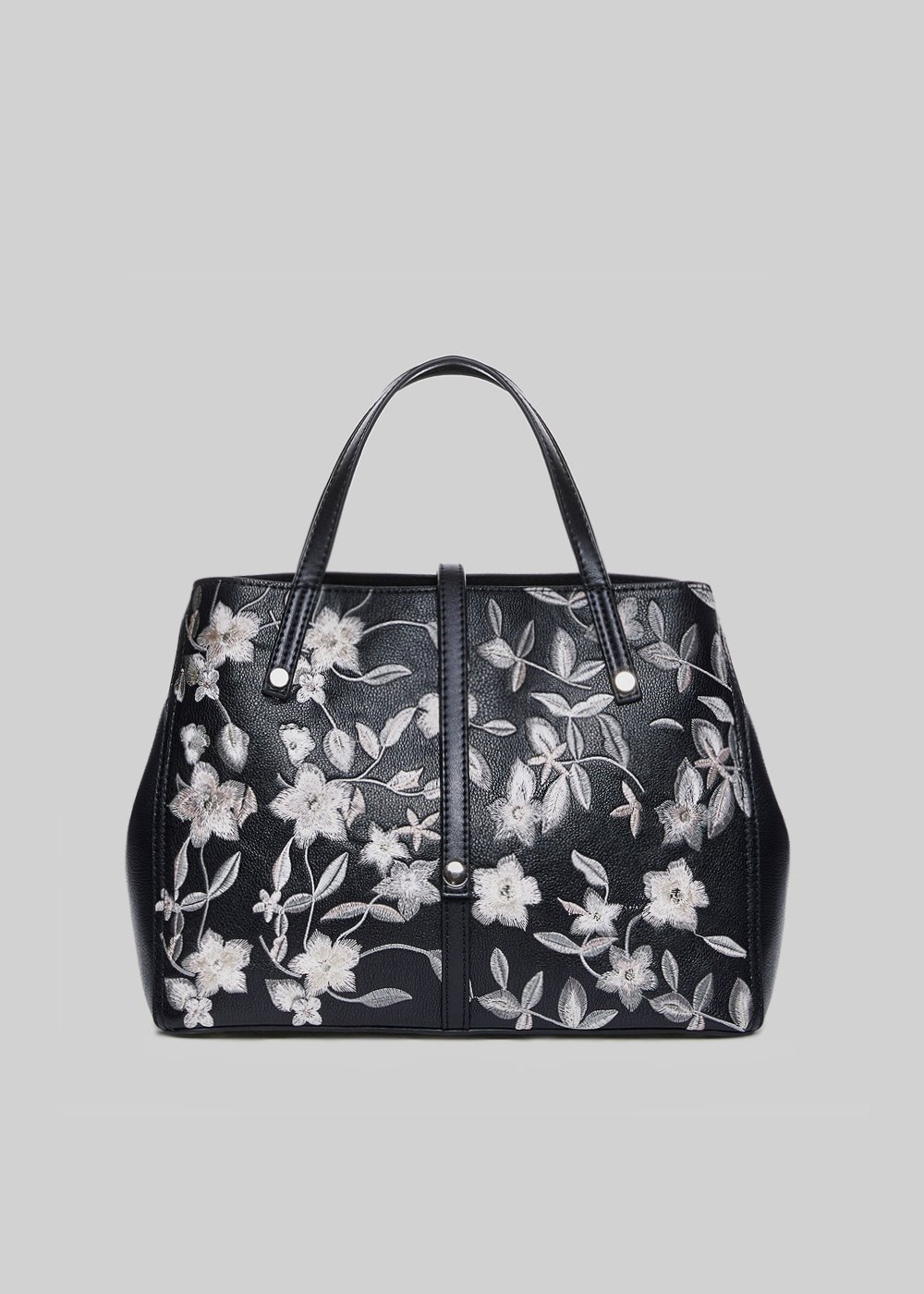 Body bag in faux leather with floral embroidery