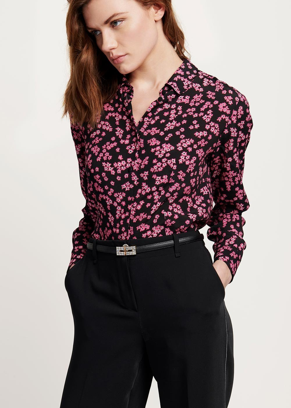 Alessia shirt with flower print - Black Gloss\Fantasia - Woman