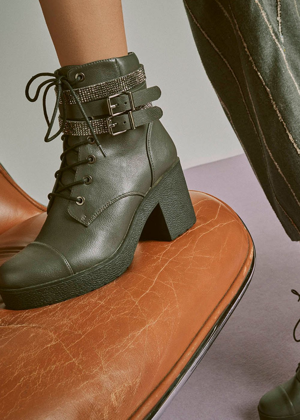 Shai combat boots with strap detail - Anthracite - Woman