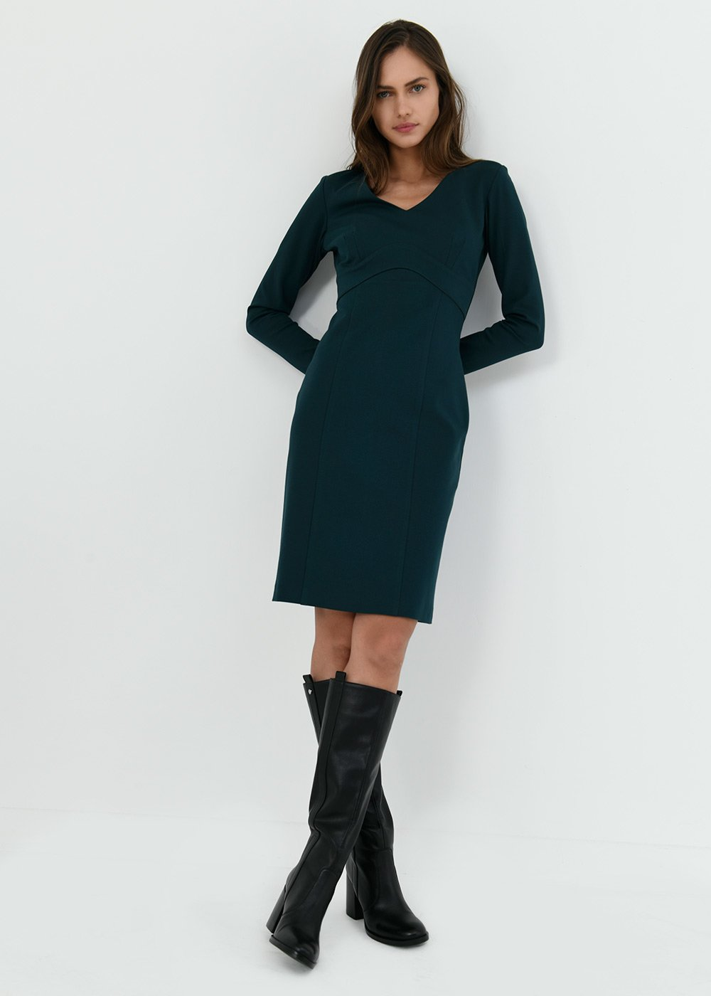 Kate dress in milano stitch - Muschio - Woman