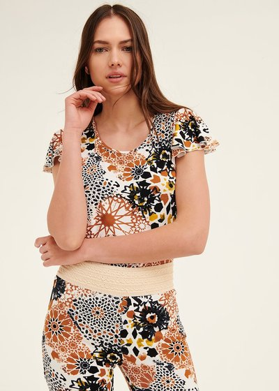 Claudia patterned t-shirt with ruffled sleeves
