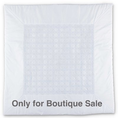 Light blue cotton padded blanket