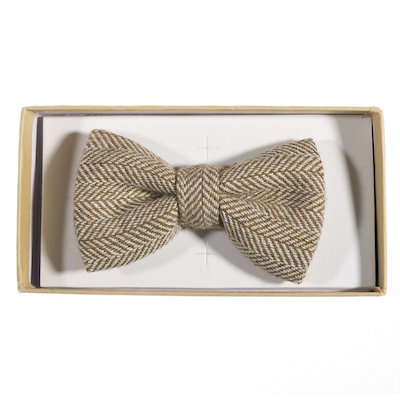 Irish Oatmeal Herringbone Bowtie