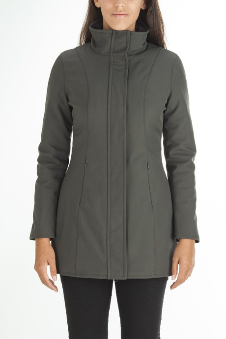 Woman's long softshell jacket