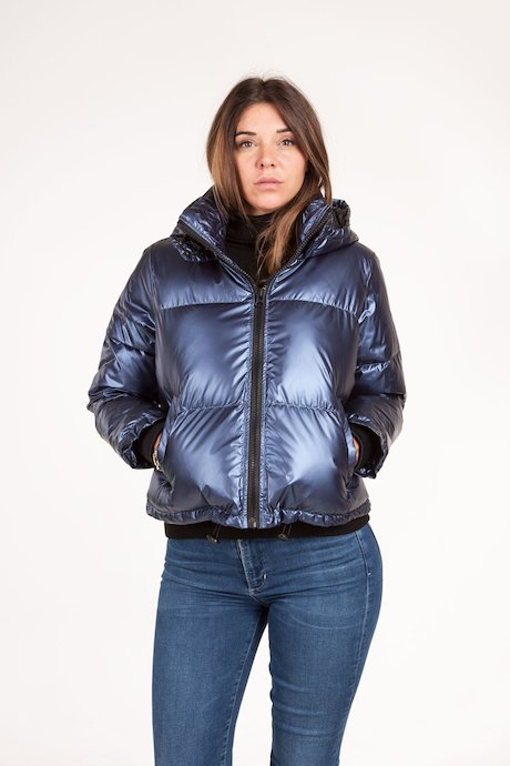 Oversize down jacket metallic fabric