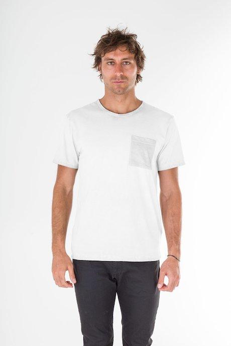 T-shirt con Taschino Rovesciato