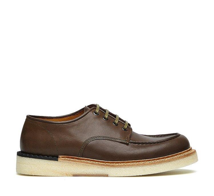 Дерзкие туфли-оксфорды Barracuda в винтажном стиле