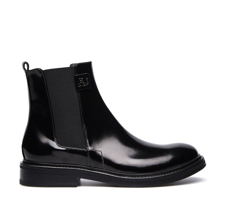 Hand-polished calfskin Beatle boots