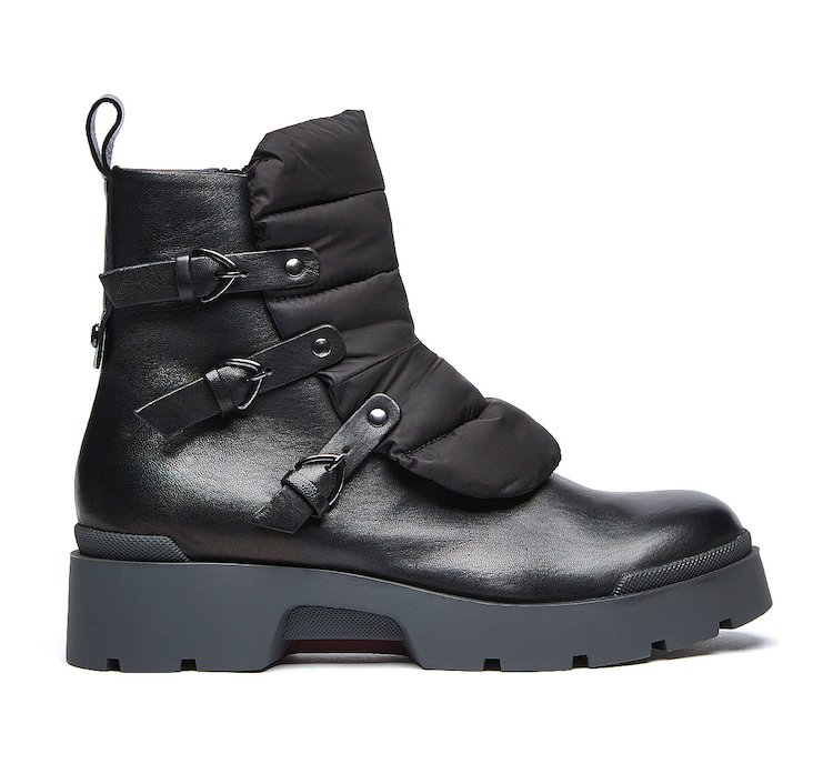 Commando boots in soft nappa