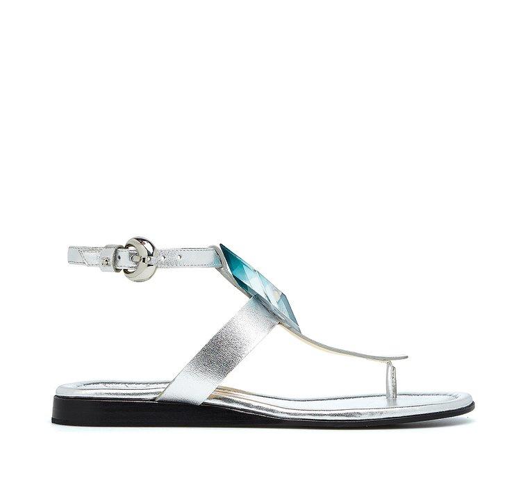 Calfskin sandals with 3D-effect stone
