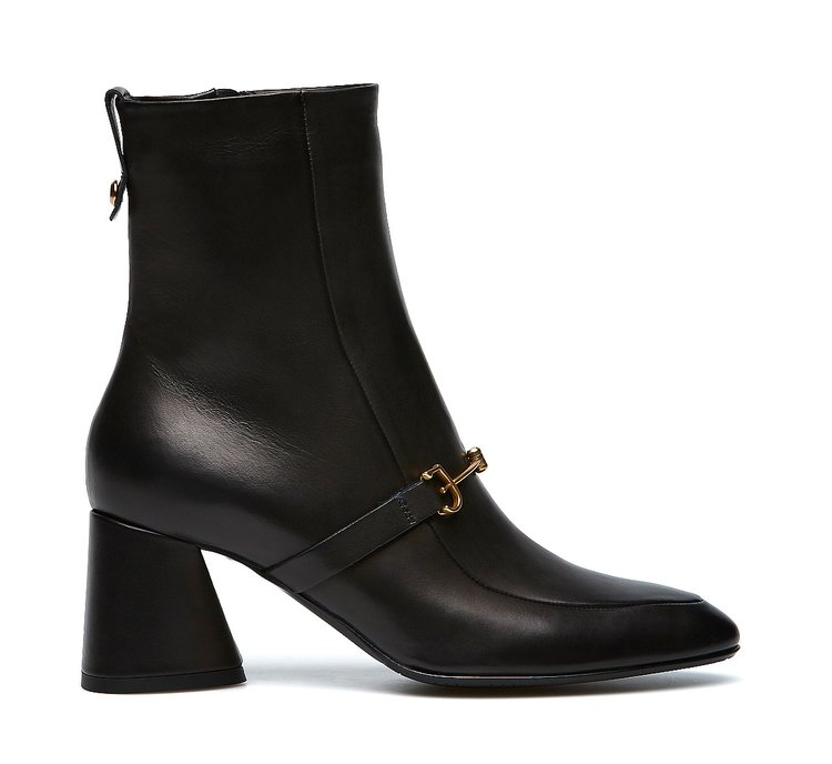 Fabi iconic ankle boots
