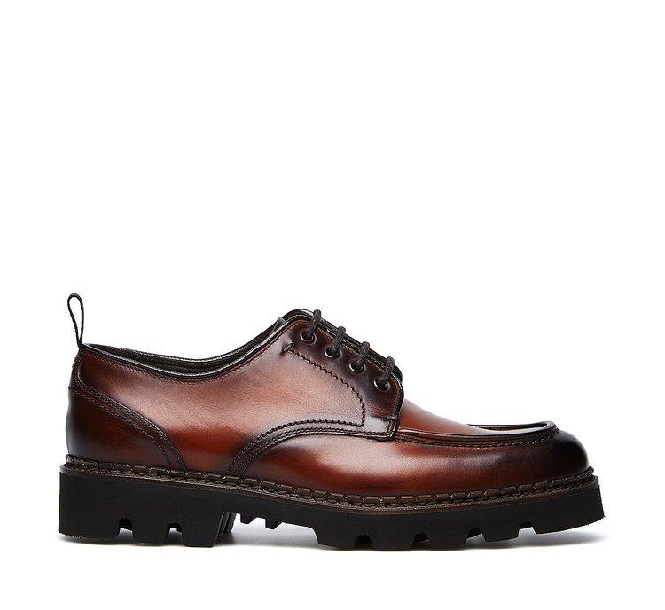 Туфли на шнуровке из ценной оленьей кожи, полированной вручную